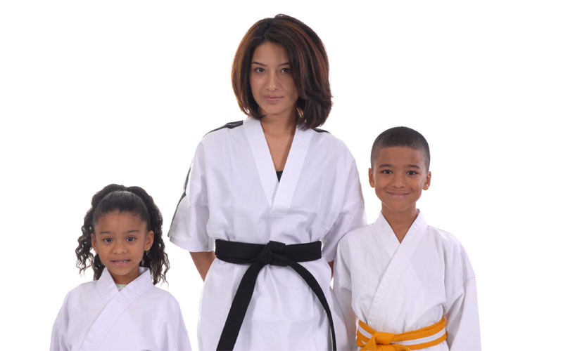 Martial Arts & Taekwondo classes for the family in Fair Oaks and Citrus Heights